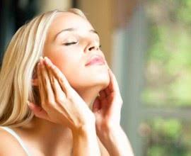 Warum unterziehen sich Menschen freiwillig einer Schönheitsoperation?